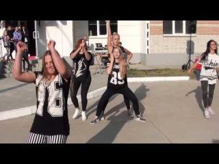 Красивые девушки танцуют хип-хоп (hip-hop) - dance-театр