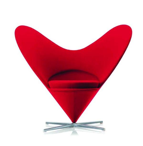 Дизайн предмета интерьера в форме сердца