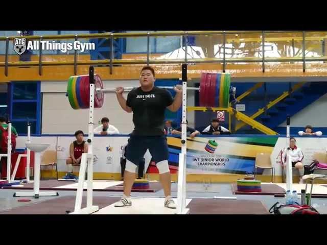 Yangjae Lee (105kg, Korea) Squatting up to 285kg 2015 Worlds Training Hall