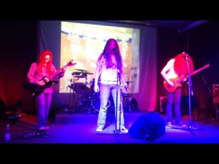 Vin De Mia Trix - Tranquillized (Live at