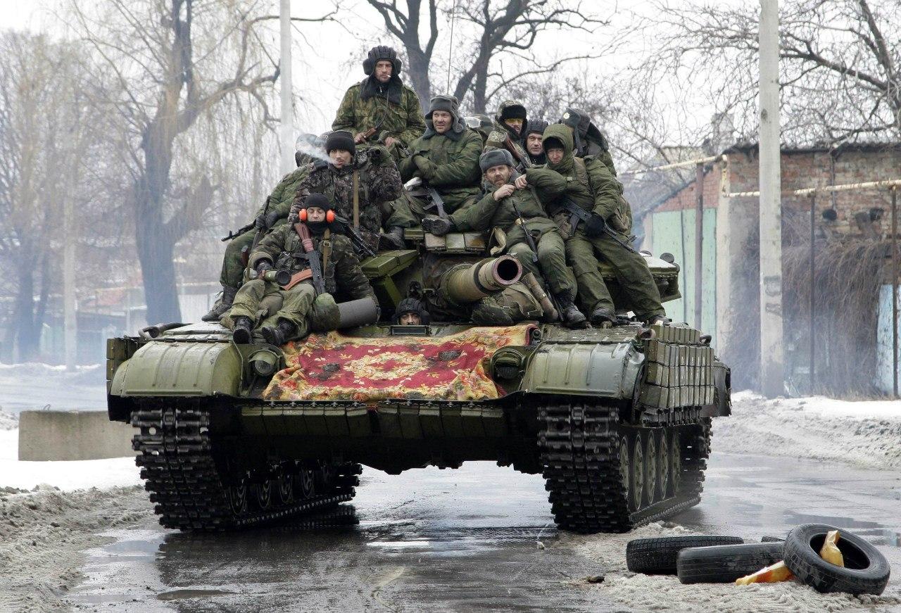 Ополченцы на танке