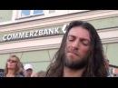 Его зовут Эстас Тонне Гитарист Уровень Бог