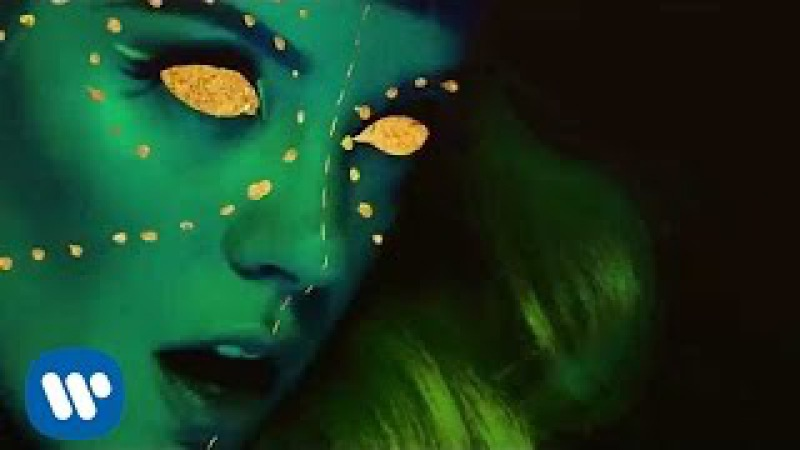 Lily Allen | Sheezus (Official Video)