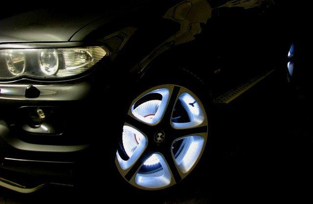 Установка светодиодной подсветки на днище автомобиля