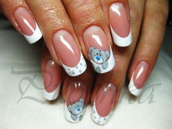 Дизайн ногтей с мишкой