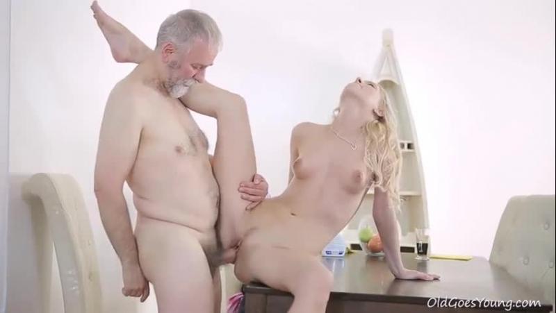 Порно с бородатыми стариками
