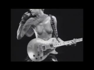 Эмма Сьоберг (Emma Sjoberg) голая в клипе Ванессы Паради (Vanessa Paradis) - TANDEM