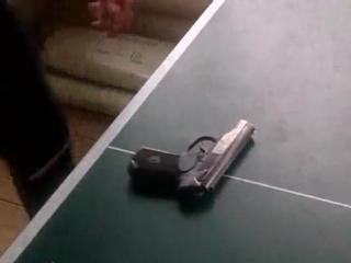 Разборка-сборка пистолета Макарова (ПМ) одной рукой