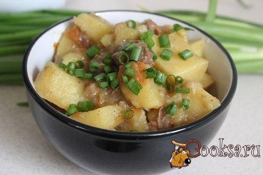 Тушеный картофель с говядиной в мультиварке Вкусное и сытное блюдо для домашнего ужина, приготовленное в мультиварке.