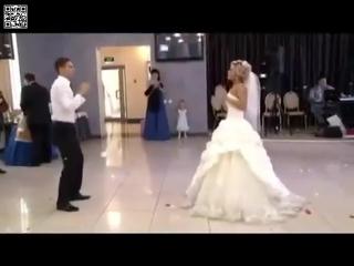 ▶ Невероятно красивый свадебный танец ПРИКОЛЬНЫЙ ПЕРВЫЙ СВАД