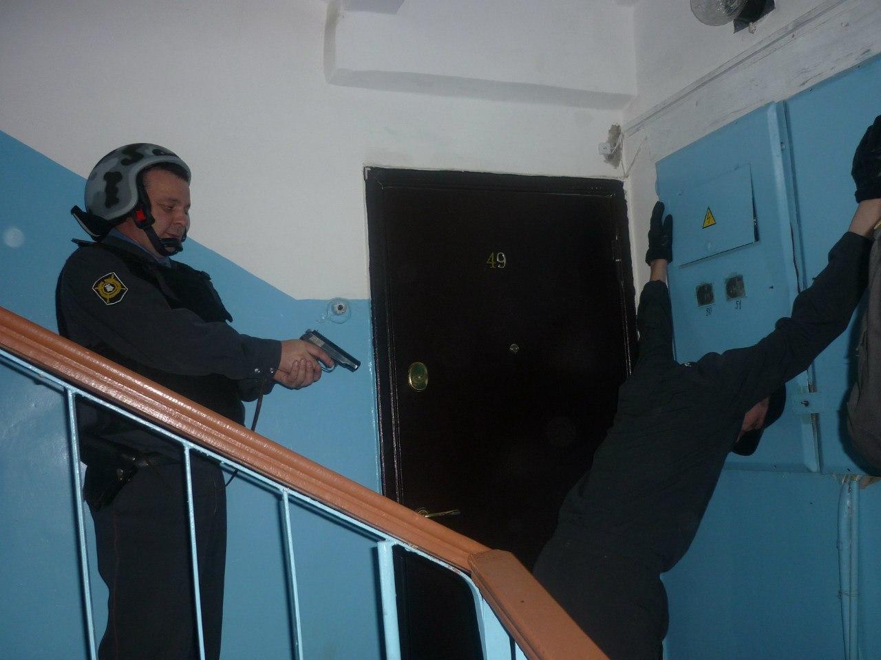 В Таганроге полицейские за несколько часов раскрыли квартирную кражу