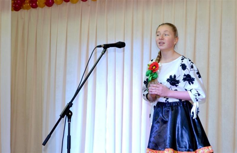 В Дзержинском районе г. Харькова соревновались юные вокалисты