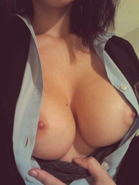 малолетняя девка с плоской грудью