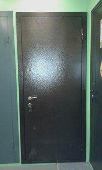установка стеклопакетов в металлическую дверь цена