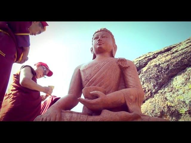Освящение статуи Будды Шакьямуни и ступ Примирения в Хоринском районе республи