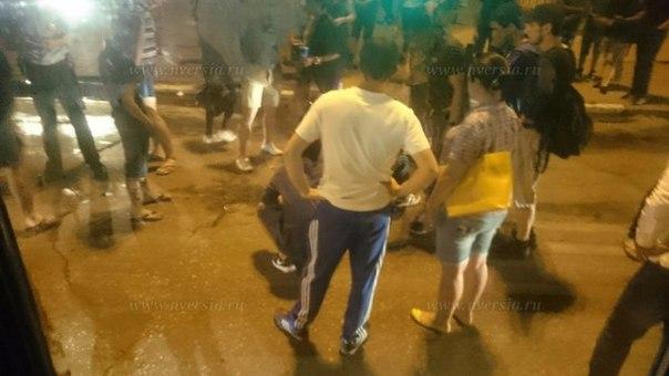 В центре Саратова легковушка сбила 17-летнего пешехода