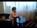 Девочка смотрит кино для взрослых))) Смотреть до конца!) 😆