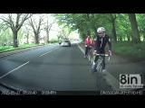 Велосипедист врезается на скорости в стоящий припаркованный автомобиль / distracted cyclist crash into parked car