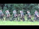Солдаты поют песню из мф спанч боб