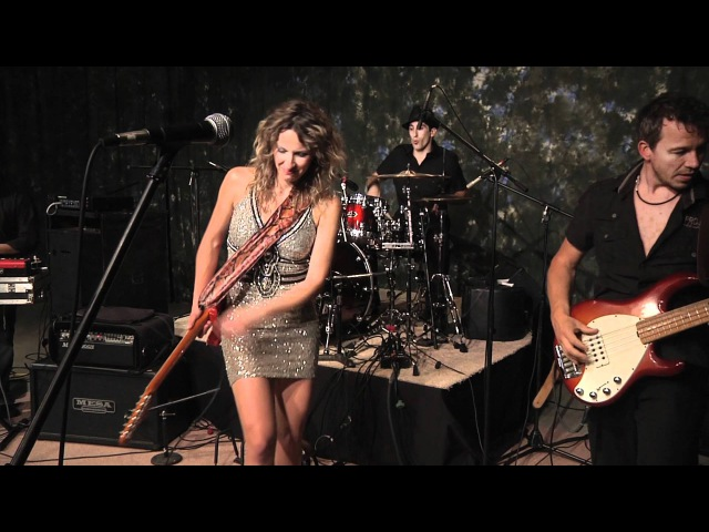 Hold On - Ana Popovic on Don Odells Legends.mov