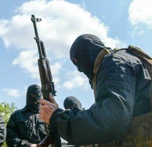 Командование украинского полка «Азов» обложило поборами собственных боевиков
