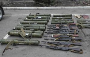 Сотрудники луганского МГБ изъяли у запасливого жителя Стаханова 15 тысяч единиц оружия и боеприпасов