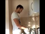 Pasha Mikus / Паша Микус - как я мою посуду под музыку VINE