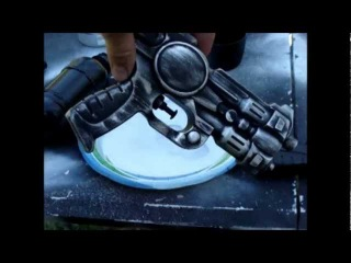 Spraypaint Weathering your Scifi or Steampunk Prop
