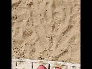 "Ариша on Instagram: ""Пляж Москвы-реки! ?"""
