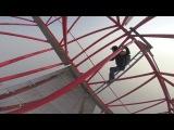Российские экстремалы залезли на 650 метровую башню в Шанхае!Shanghai Tower 650 meters
