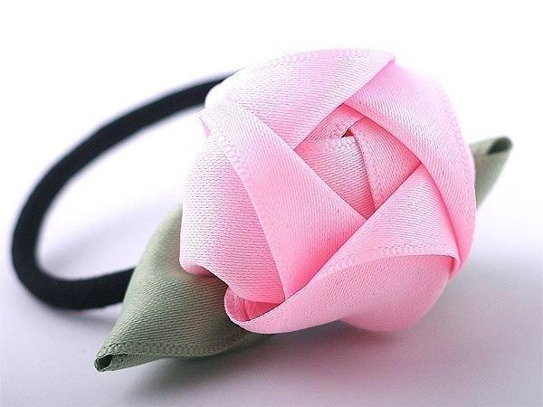 Романтичная резинка для волос