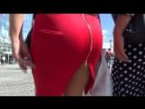 SEXY BIG ASS !!! SEXY LADY !!! Женщина с большой попой в красной юбке !!!