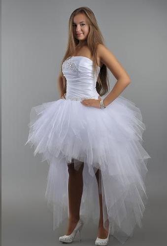 Милое свадебное платье созданное из