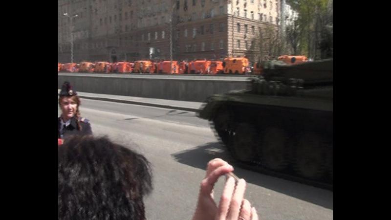 Видео обзор Военной технике Парада Победы 70 летия в Москве. Часть 2