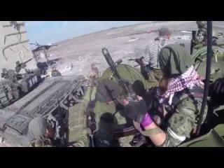 Новое видео ополченцы Гиви Абхаз и Моторолла в аэропорту Донецк HD Часть 2 (+ 18)