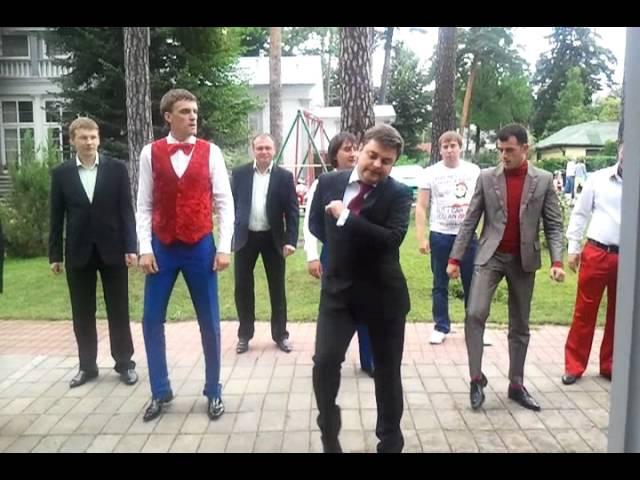 Команда КВН ПриМа Курск танец Медведева (эксклюзив)