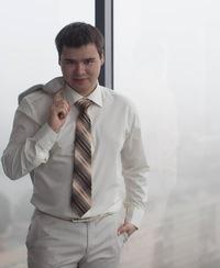 Евгений Шарипов