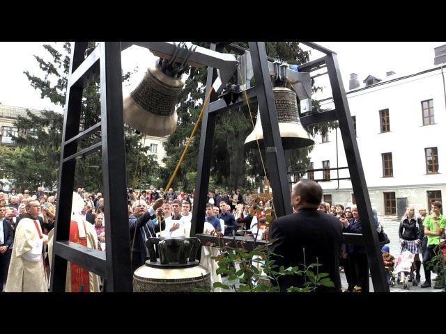 У костелі св. Йоана з Дуклі в Житомирі освятили дзвони, подаровані італійською громадою