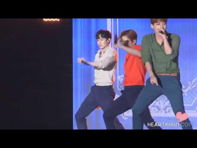 [닉쿤직캠] 우리집 Nichkhun fancam myhouse 2PM DMC FESTIVAL K-POP SUPER CONCERT
