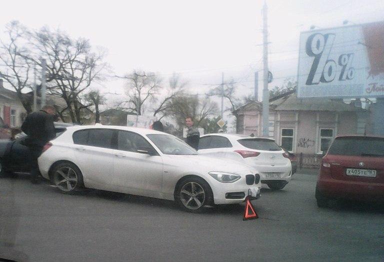 Городская легкоатлетическая эстафета в центре Таганрога стала причиной пробок в 10 баллов