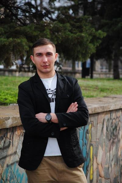 Максим Канин