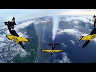 Пилотажная группа Русь в Ульяновске. Aerobatic team RUSS Air show. GoPro mount at L39 airplane