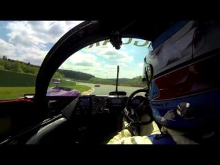 Пилотирование Jaguar XJR-14 1991 года на трассе Spa-Francorchamps.