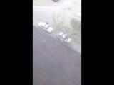 Школоту загрузили мусора в машины