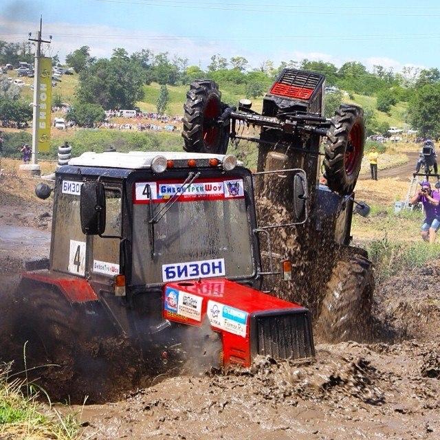 Под Таганрогом в начале июня пройдут гонки тракторов «Бизон-Трек-Шоу» 2015