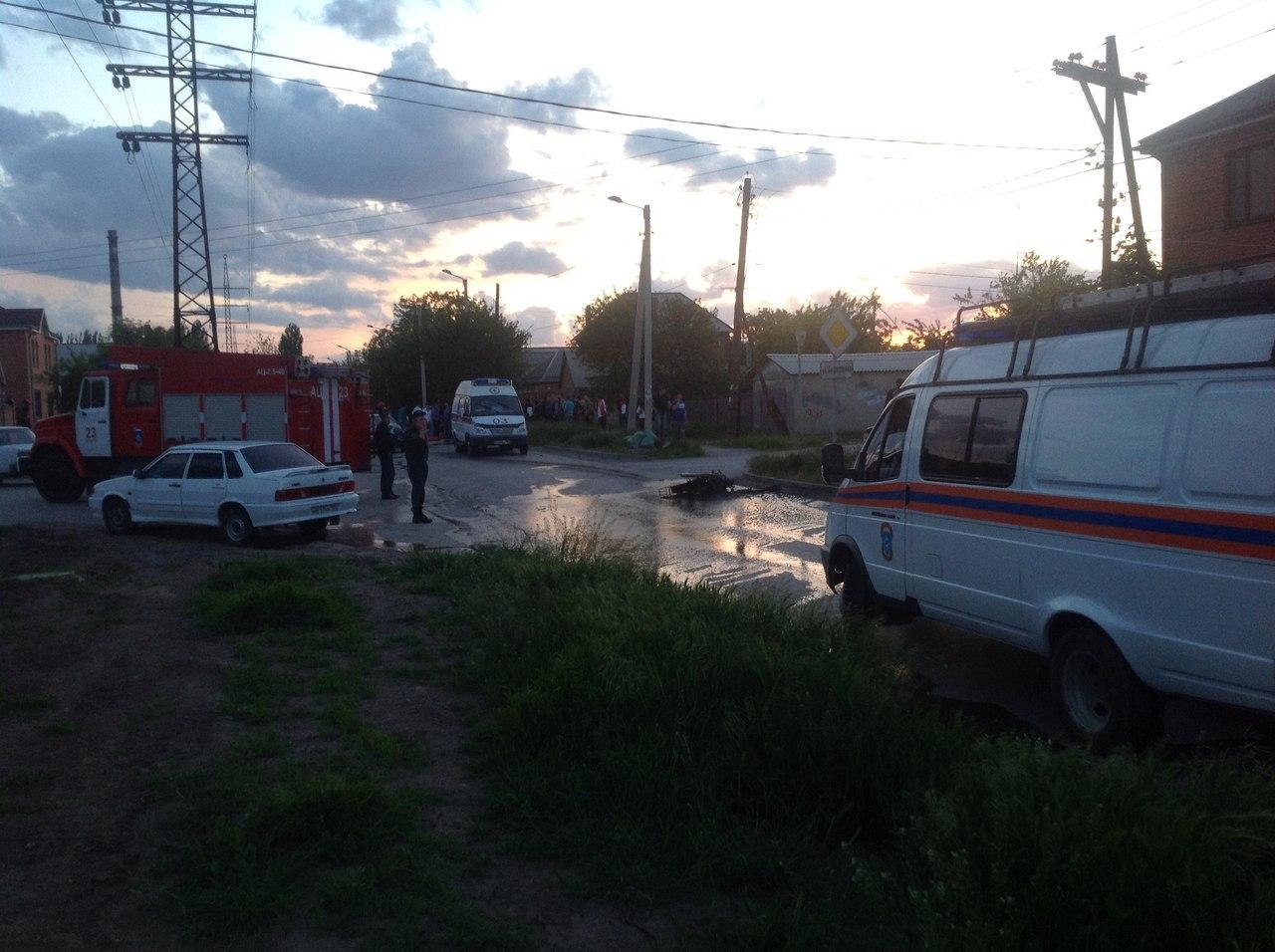 В Таганроге в лобовом столкновении Hyundai Accent и мотоцикла погиб молодой парень. Фото.Видео