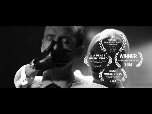 Marcel Dettmann feat. Emika - SEDUCTION
