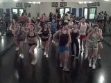 La Salsa la Traigo Yo by La Sonora Carruseles - Sensazao Dance Fitness