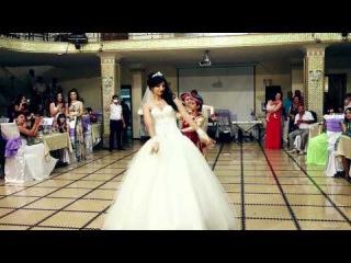 Армянский традиционный танец невесты в подарок мужу!