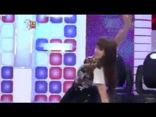 (www.Muviza.net)_F_x__Victoria_Vs_a_Girl_Flexibility